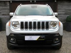 JEEP RENEGADE 2.0 MultiJetII Limited Auto 4WD (s/s) 5dr - 662 - 3