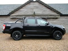 FORD RANGER 2.2 TDCi Black Edition SIP Double Cab Pickup Auto 4WD 4dr (EU6) - 673 - 28