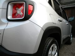 JEEP RENEGADE 2.0 MultiJetII Limited Auto 4WD (s/s) 5dr - 662 - 24