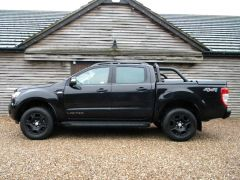 FORD RANGER 2.2 TDCi Black Edition SIP Double Cab Pickup Auto 4WD 4dr (EU6) - 673 - 26